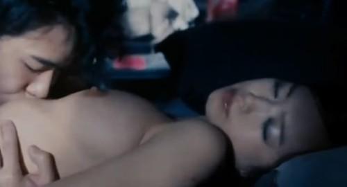 【お宝】人気グラビアアイドル 佐々木心音(芸能人)濡れ場で全裸フルヌード