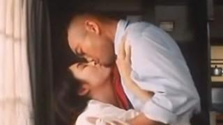 【お宝】人気女優 小島聖が濡れ場でおっぱい丸出しヌード!